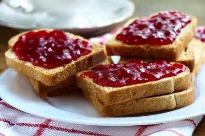 tostada-mermelada