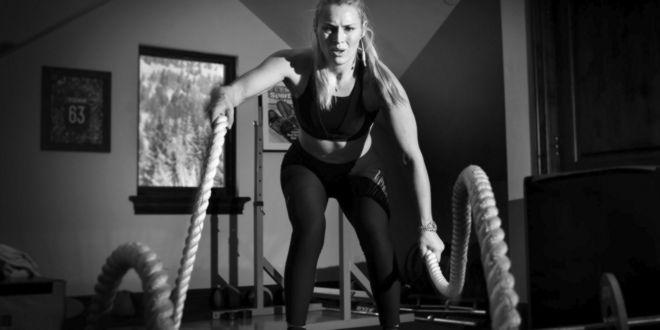 Entrenando pesas en altura