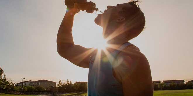 Bebida Carbohidratos y Electrolitos