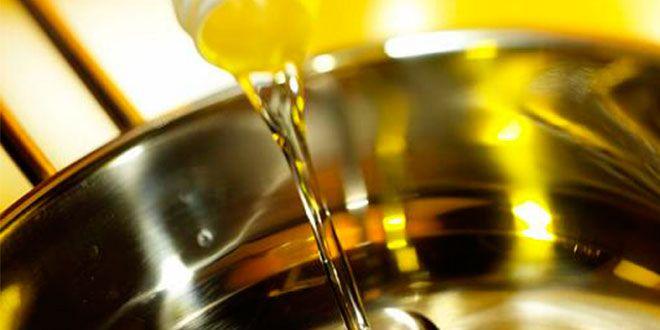 Riesgos de calentar en exceso el aceite al cocinar