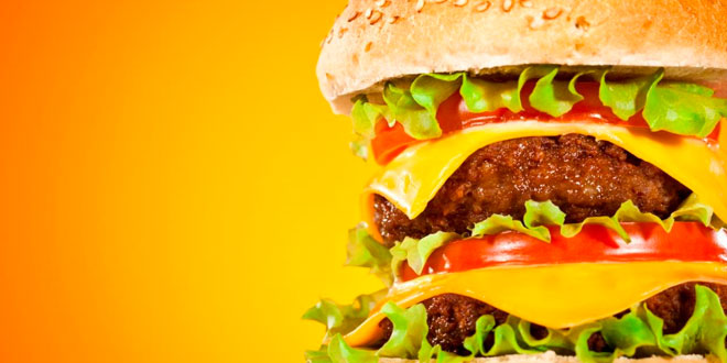 Ensalada puede engordar más que hamburguesa