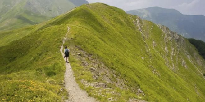 Caminata por la montaña
