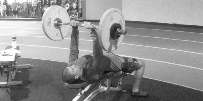 Dolor de codo en ejercicios de tríceps