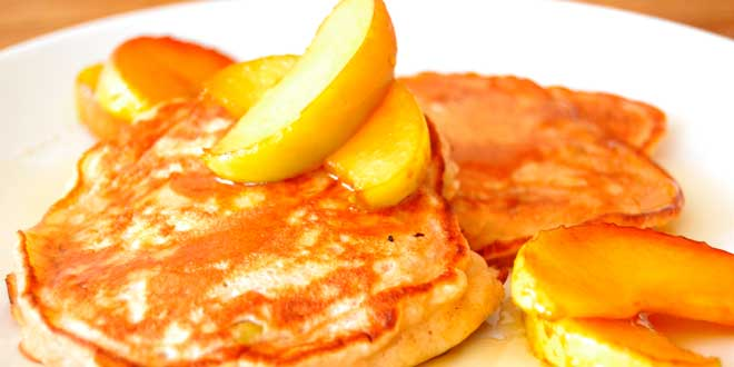 Oat Pancakes with Apple
