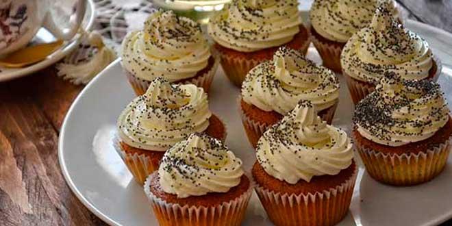 Cupcakes Proteicos de Limón y Semillas de Amapola