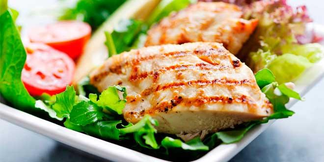 ¿Cuánta Proteína tiene el Pollo? - Uno de los Alimentos