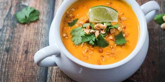 Sopa de Zanahoria y Leche de Coco