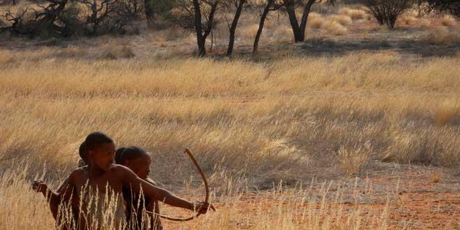 Tribu del Desierto del Kalahari