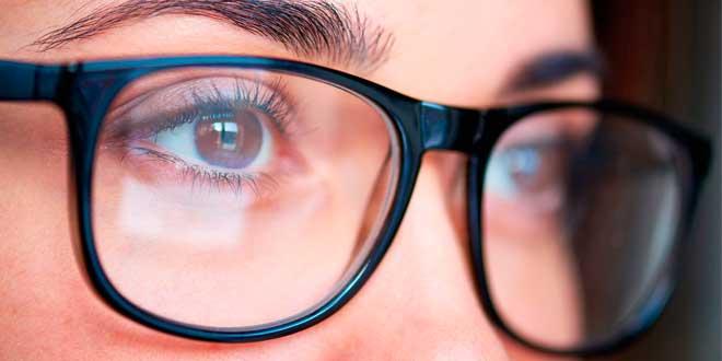 Ojos: interruptor día/noche