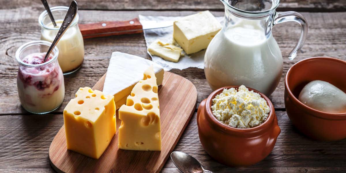 ¿Qué alimentos son fuente de calcio además de los lácteos?
