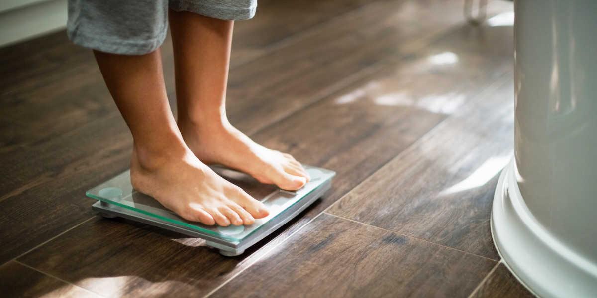 ¿Cómo ayuda el CLA al control del peso?