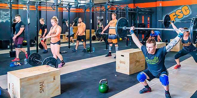 Personas que hacen CrossFit
