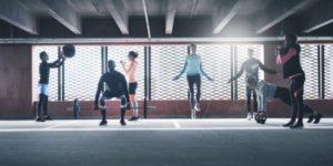 Entrenar Crossfit en un gimnasio convencional