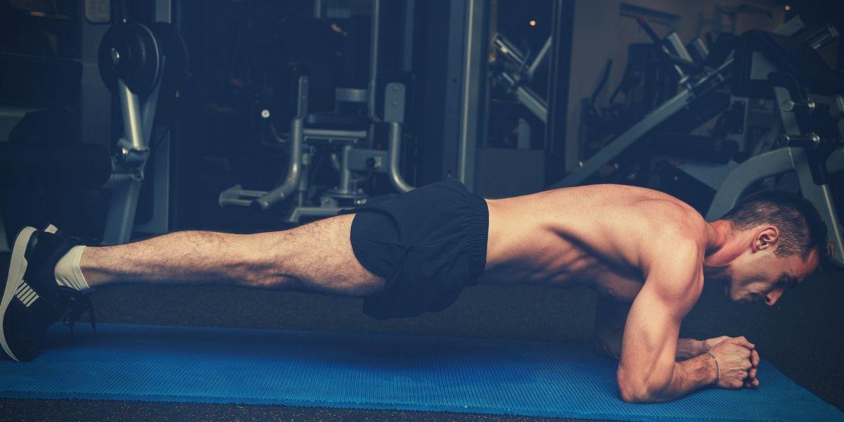 Tomar BCAAs para ejercicios en el gym