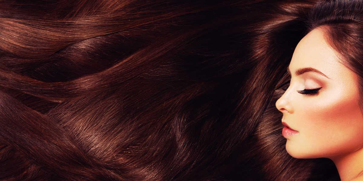 ¿Qué beneficios tiene la vitamina E para el cabello?