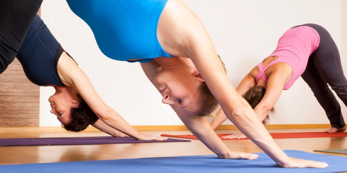 Practicar yoga contra el sindrome postvacacional