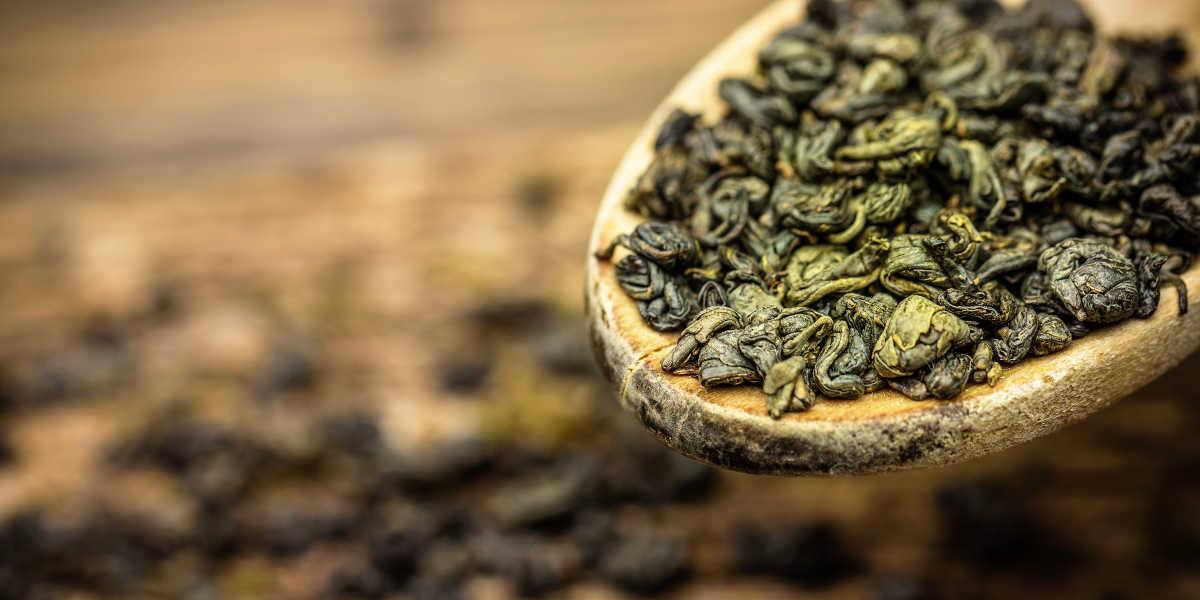 ¿Cómo puede ayudar el té verde a tu salud?