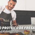 Bizcocho Proteico de Fresa y Coco