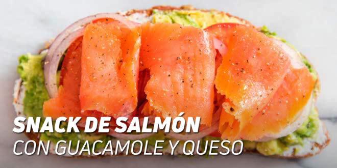 Snack de Salmón con Guacamole y Queso