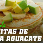 Tortitas de Avena y Claras con Aguacate