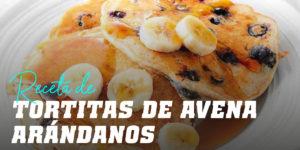 Tortitas de Avena con Arándanos y Banana