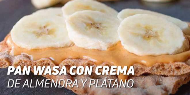 Pan Wasa con Crema de Almendra y Plátano