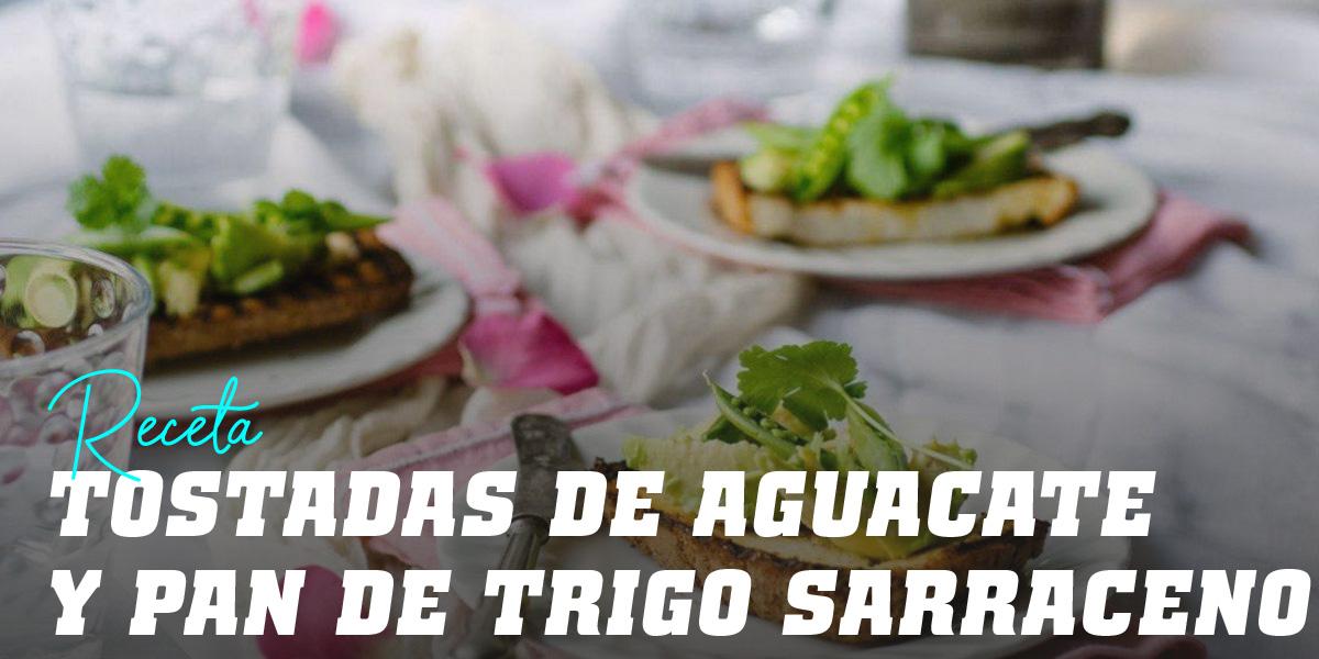 Tostadas de Revuelto de Aguacate y Pan de Trigo Sarraceno