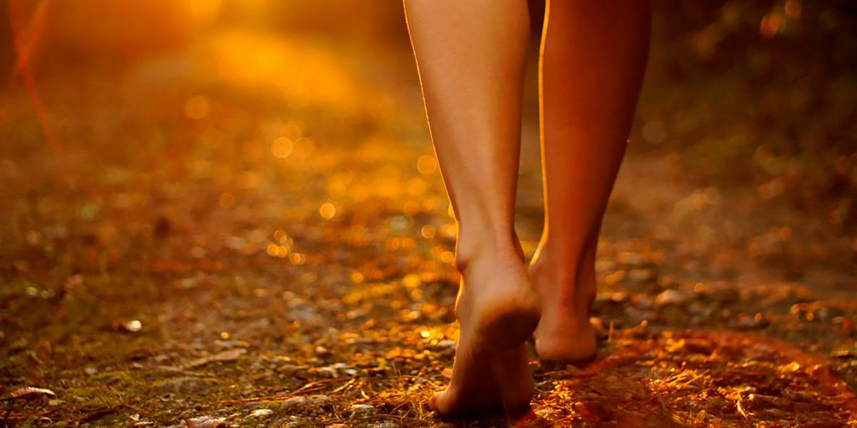 caminar por la tierra
