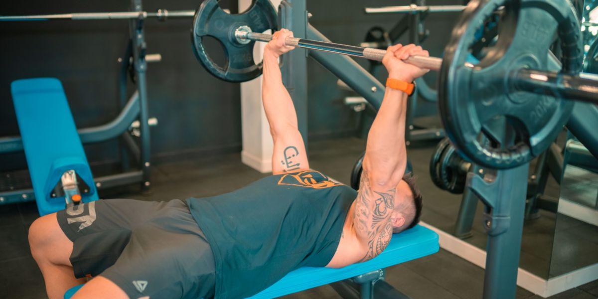 Entrenamiento de Fuerza Riesgos del ejercicio de alta intensidad