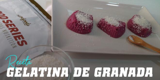 Gelatina de Granada con Coco Rallado
