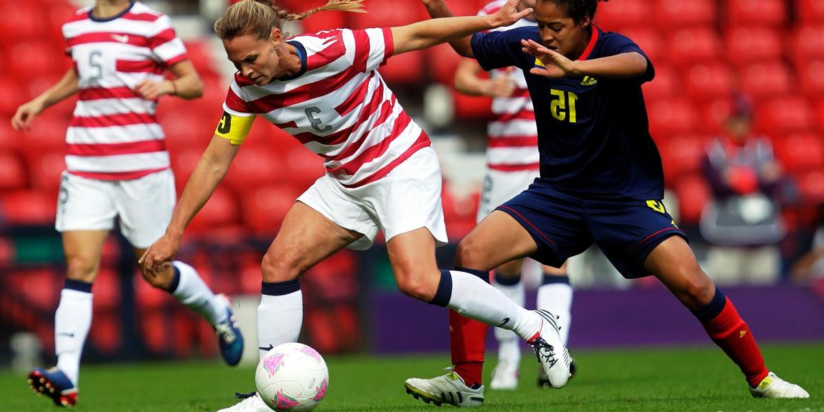 Lesión de rodilla en fútbol femenino