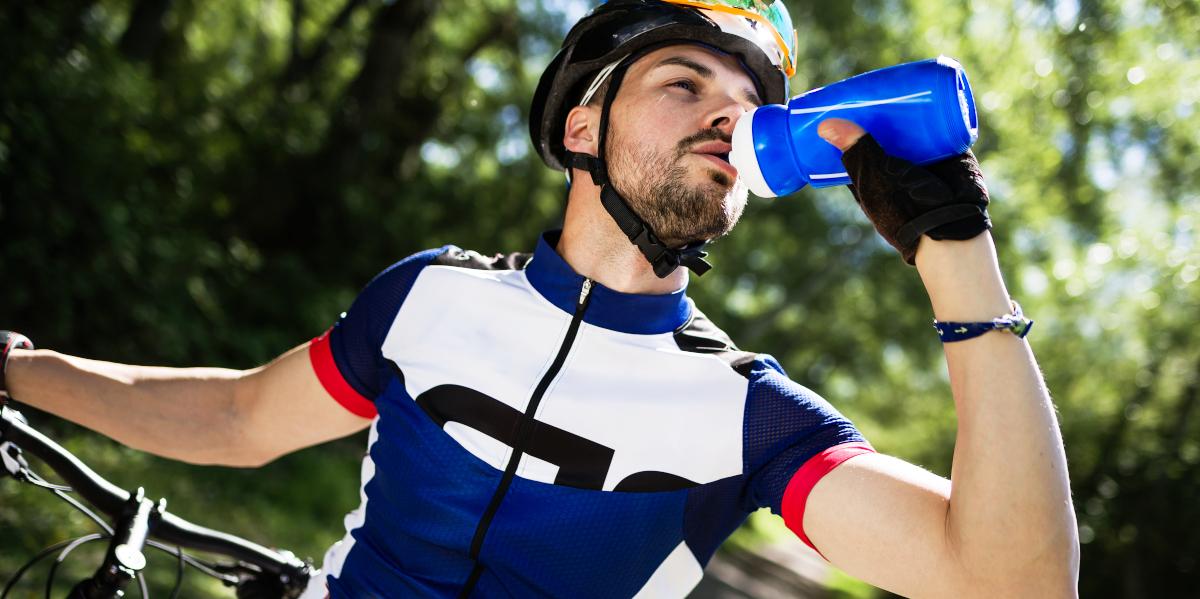 Cómo hidratarse correctamente para entrenar con calor