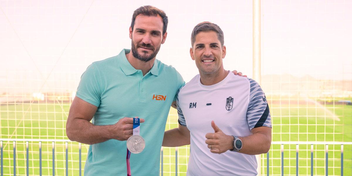 Saúl Craviotto visita Ciudad Deportiva Granada CF