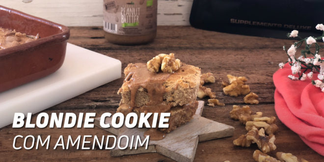 Blondie Cookie com Amendoim