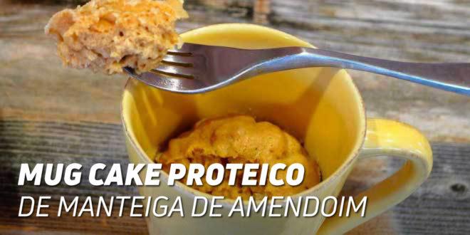 Mug Cake Proteico com Manteiga de Amendoim
