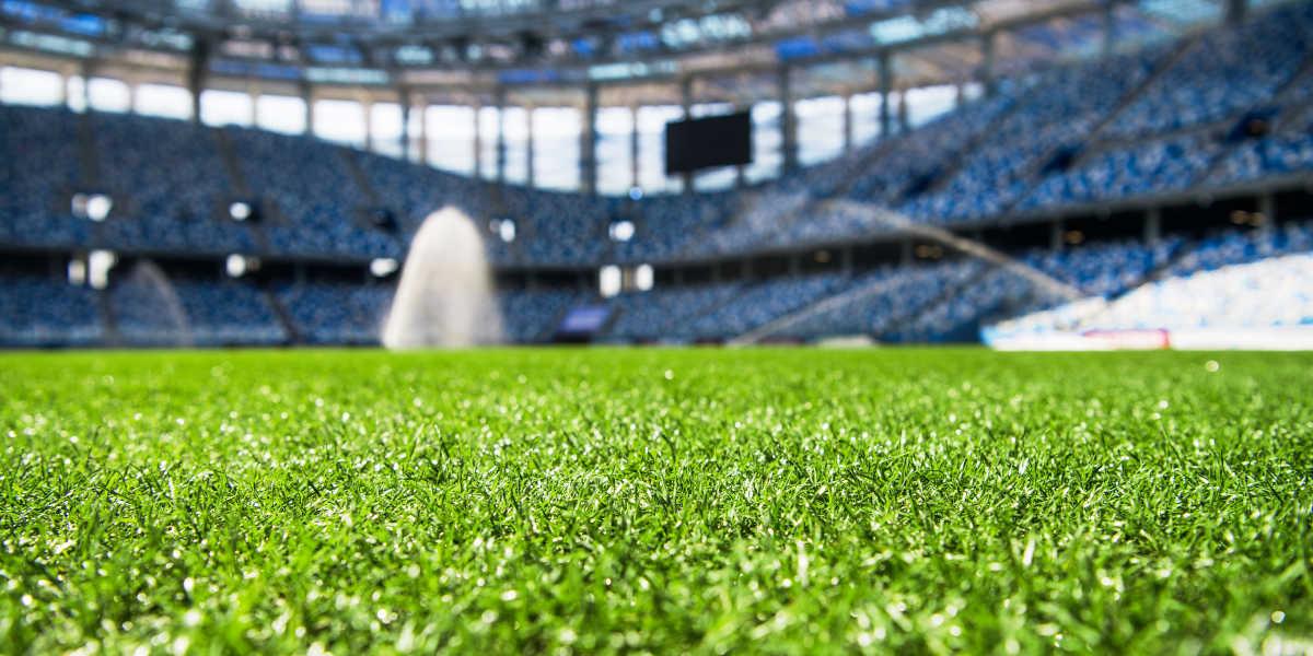 relva campo futebol quarentena covid-19