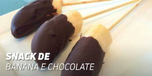 Snack de banana e chocolate