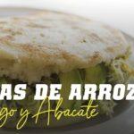 Arepas de Arroz com Frango e Abacate