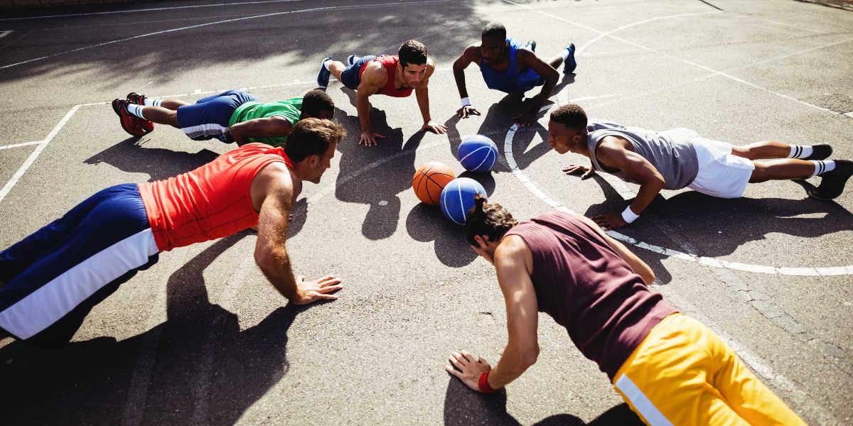Treino físico basquetebol