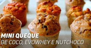Mini muffins de coco evowhey e nutchoco