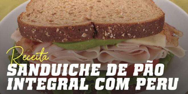 Sandwich de Pão Integral, peru, alface, tomate e um Sumo de Laranja