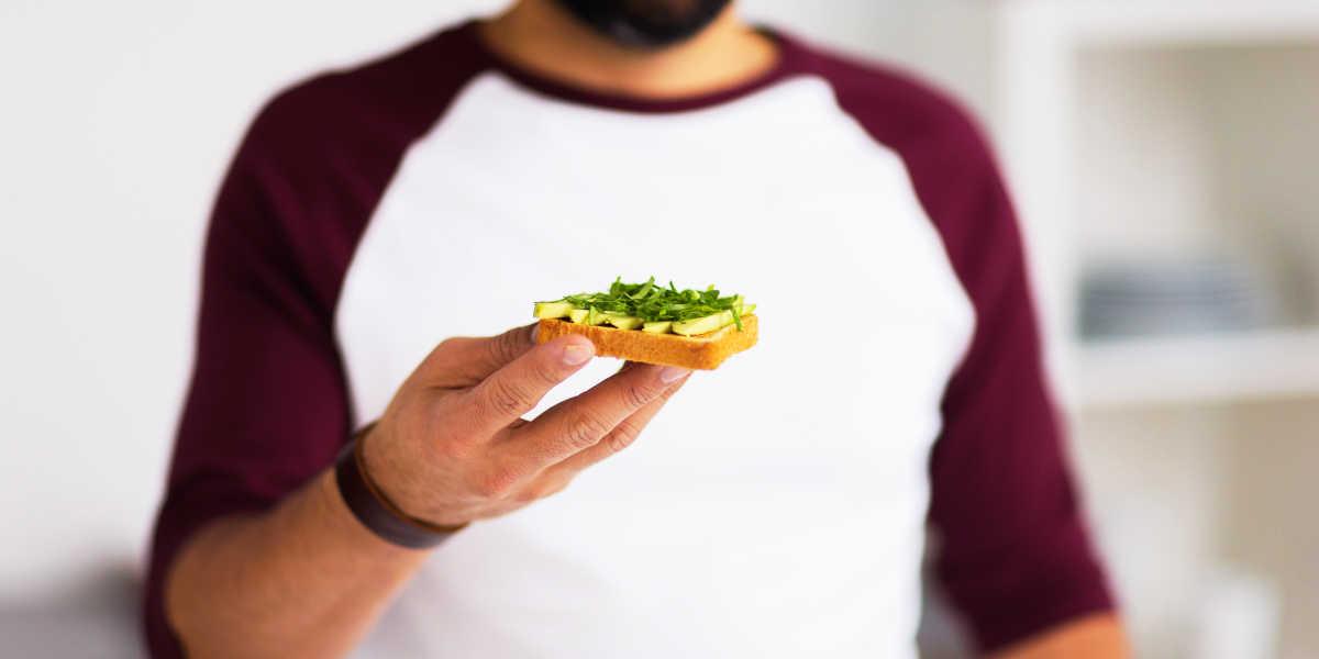 Come aiuta a perdere peso l'avocado?