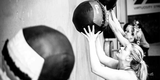 CrossFit Wall Ball