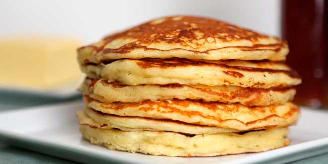 Un modo gustoso di consumare le uova è preparando dei pancakes
