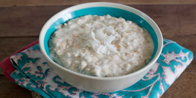 Porridge di Avena con Latte di Cocco e Miele