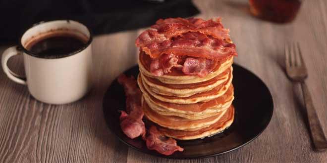 Pancakes di Avena con Bacon