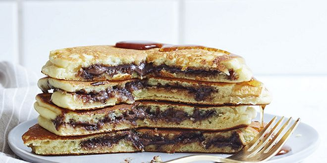 Pancakes Avena e Albumi con Crema alle Nocciole e Cioccolato