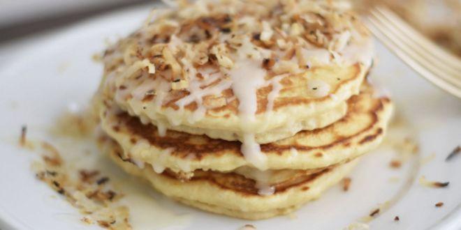 Pancakes all'Avena e Albumi con Cocco e Cacao