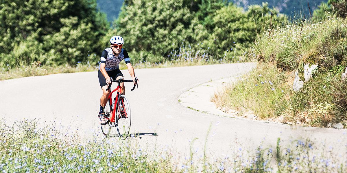Come iniziare a praticare il ciclismo su strada