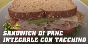 Sandwich di Pane Integrale, tacchino, lattuga, pomodoro e una Spremuta d'Arancia